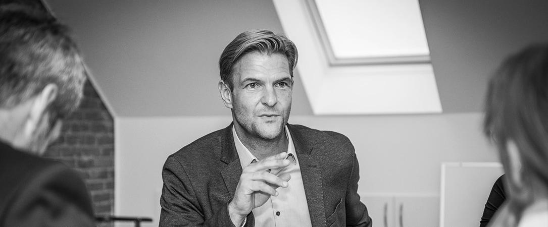 Få gratis advokathjælp - Rasmus Hedegaard